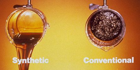 szintetikus motorolaj összehasonlítása a normál motorolajjal